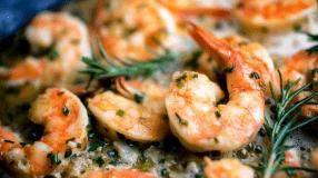 10 receitas de camarão à provençal que dão um show de aroma e sabor