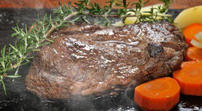 11 receitas de carne na chapa que garantem um acompanhamento de sucesso