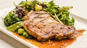 9 receitas de carré suíno para preparar uma carne saborosa