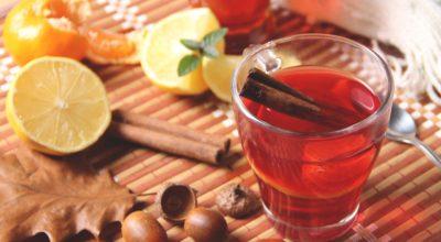 7 receitas de chá de hibisco com canela saborosas que diminuem inchaço
