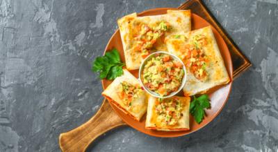 8 receitas de chimichanga para quem adora comida mexicana