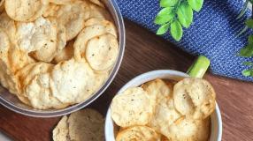 7 receitas de chips de provolone para um lanchinho supercrocante