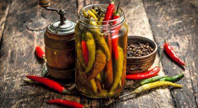 15 receitas de conserva de pimenta para apimentar suas refeições