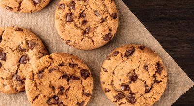 11 receitas de cookies com gotas de chocolate simplesmente irresistíveis