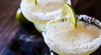 8 receitas de drinks com tequila para você provar e dizer arriba