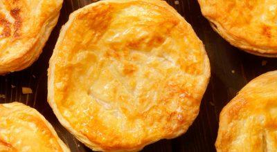 8 receitas de empada de queijo versáteis e muito gostosas