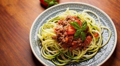 12 receitas de espaguete de abobrinha práticas e nutritivas