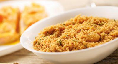 12 receitas de farofa de cebola para um acompanhamento irresistível