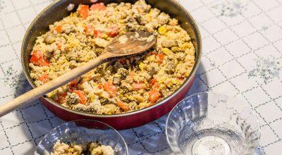 10 receitas de farofa de cuscuz que garantem um almoço delicioso