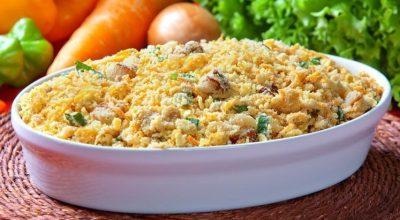 34 receitas de farofa de Natal deliciosas para ajudar a compor sua ceia