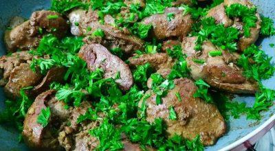 11 receitas de fígado de galinha para fugir das carnes convencionais
