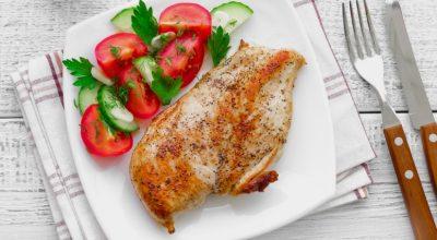 29 receitas de filé de frango no forno para uma refeição sem defeitos