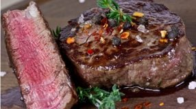 8 receitas de filé mignon no forno para uma carne gostosa e suculenta