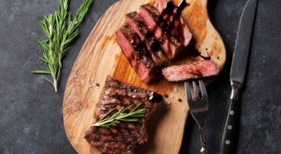 8 receitas de flat iron para quem é apreciador de um bom churrasco