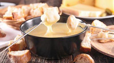 15 receitas de fondue de queijo para comer ajoelhado