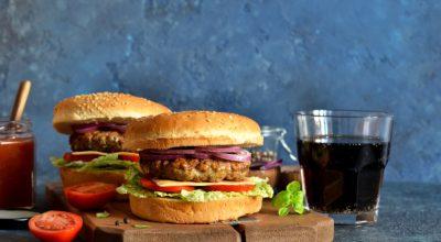 10 receitas de hambúrguer de siri que vão te levar direito para o fundo do mar