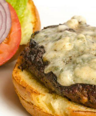 15 receitas de hambúrguer recheado que vão te levar à loucura