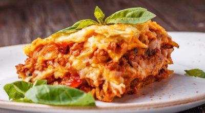 21 receitas de lasanha bolonhesa para você se sentir na Itália