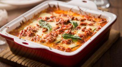 27 receitas de lasanha simples para matar a fome com algo especial