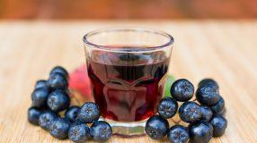 6 receitas de licor de jabuticaba que vão animar a sua rotina
