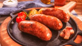 10 receitas de linguiça toscana no forno saborosas e práticas