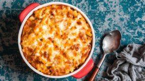 20 receitas do clássico macarrão com queijo que podem te surpreender