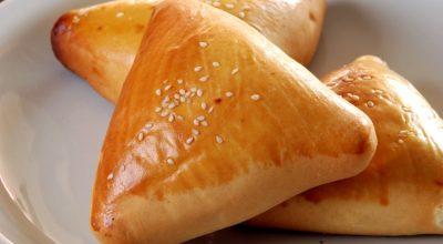 13 receitas de massa de esfiha para se deliciar com a culinária árabe