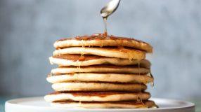 11 receitas de massa de panqueca doce para inovar na sobremesa