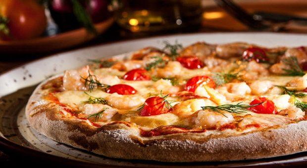 15 receitas de massa de pizza fácil para quem é fã desse prato
