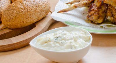 28 receitas de molho de gorgonzola que garantem uma refeição cheia de sabor