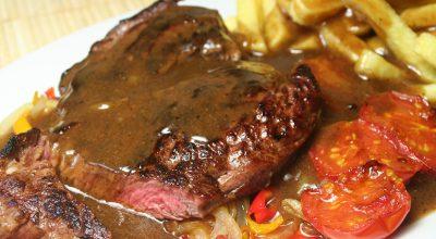 20 receitas de molho para carne que são a cara do fim de semana