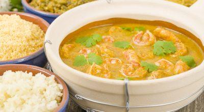 26 receitas de moqueca de camarão que vão impressionar todo mundo