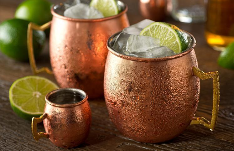 8 receitas de moscow mule para preparar esse drink incr vel em casa. Black Bedroom Furniture Sets. Home Design Ideas