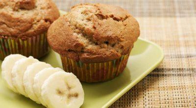 15 receitas de muffin de banana fit que vão te fazer amar sua dieta