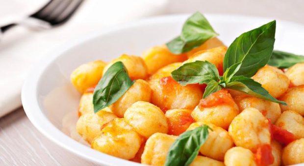 32 receitas de nhoque de batata para uma massa caseira incrível