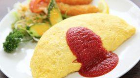 7 receitas de omurice para uma fusão entre culinária oriental e ocidental