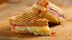 10 receitas de panini low carb para uma refeição leve e cheia de sabor