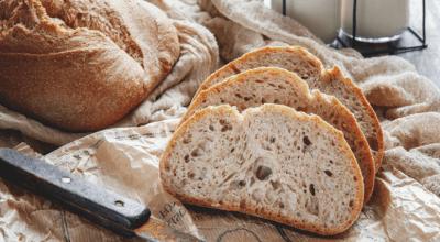 10 receitas de pão caseiro com água para um lanche caseiro delicioso