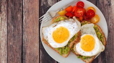 10 receitas de pão com ovo para um lanche simples e delicioso