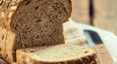 13 receitas de pão de centeio que vão incrementar seu café da manhã