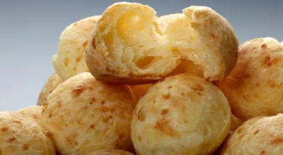 11 receitas de pão de queijo frito que vão salvar o seu lanche da tarde