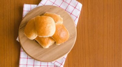 10 receitas de pão low carb de micro-ondas para um lanche muito prático
