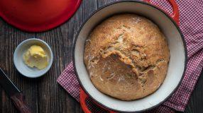 9 receitas de pão na panela que vão deixar o seu coração quentinho