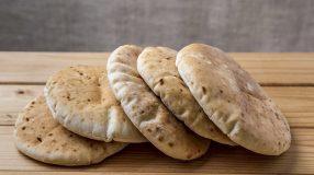 8 receitas de pão sírio que vão te deixar apaixonado pela culinária árabe