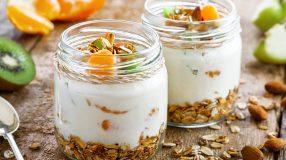 10 receitas de parfait para deixar seus dias mais doces e frescos