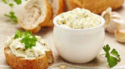 13 receitas de patê de queijo cremosos que vão conquistar os convidados