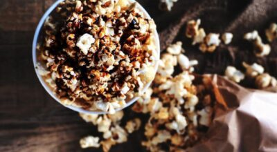 6 receitas de pipoca doce com Nescau que vão deixar seu dia mais gostoso