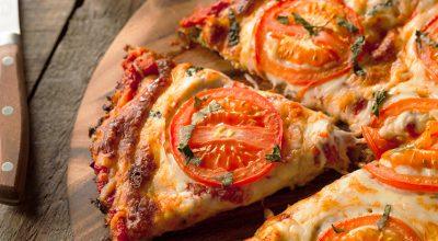 9 receitas de pizza de couve-flor que você pode comer sem engordar