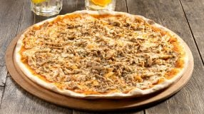 10 receitas de pizza de frango que vão fazer você chorar de emoção