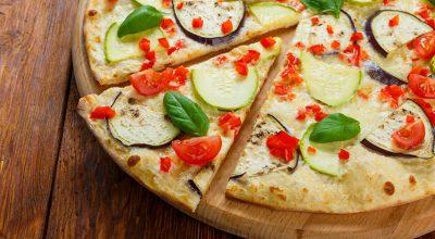 11 receitas deliciosas de pizza low carb para não se preocupar com a dieta